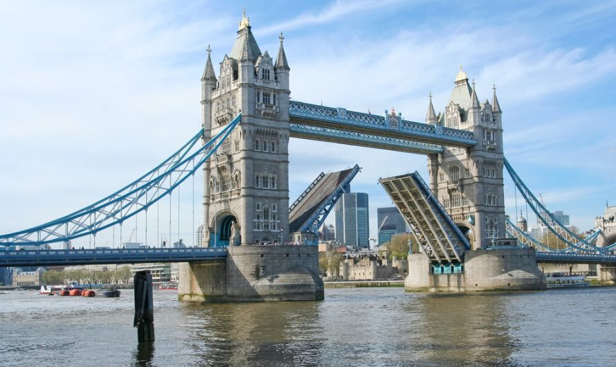 Quand voir se lever le pont Tower Bridge de Londres?